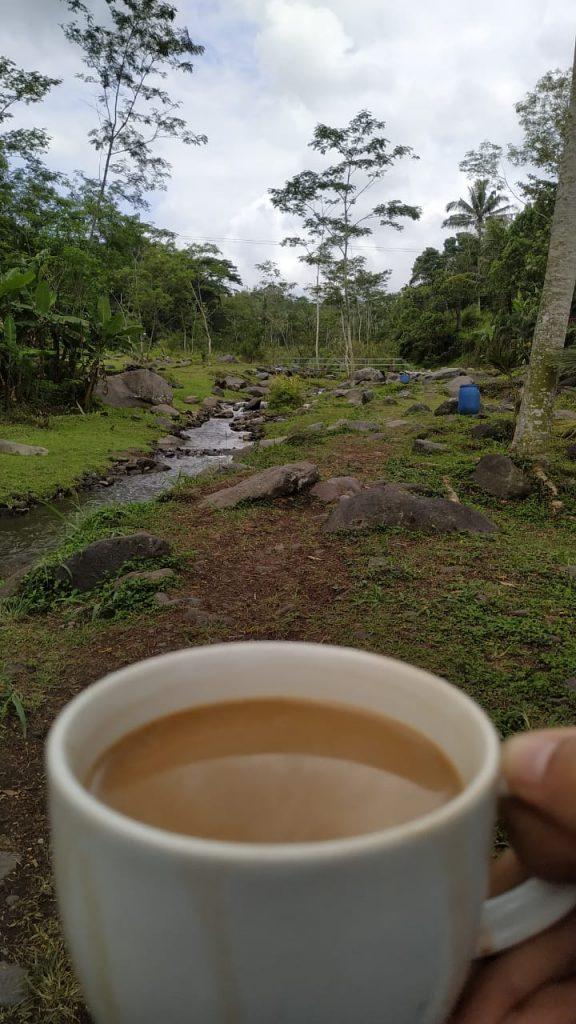 menikmati kopi di ledok sambi yogyakarta