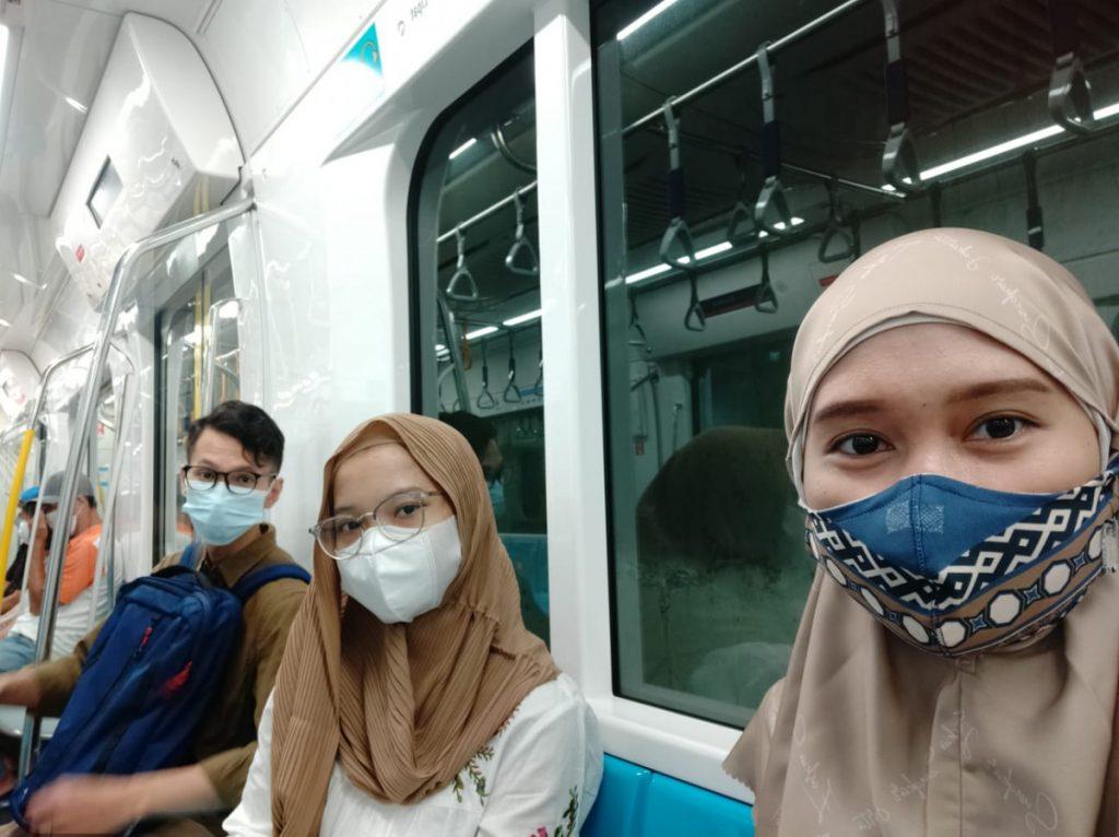 Naik MRT Jakarta